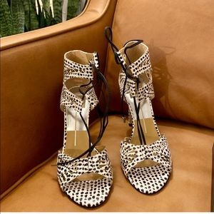 New in Box Dolce Vita Henlie Sandals 7.5